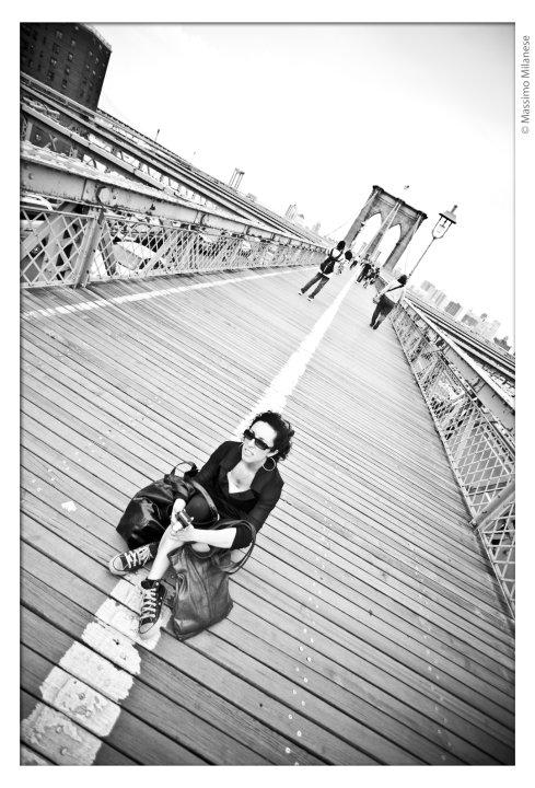 presentazione-romanzo-2010-06-ny-erica-brooklyn-bridge