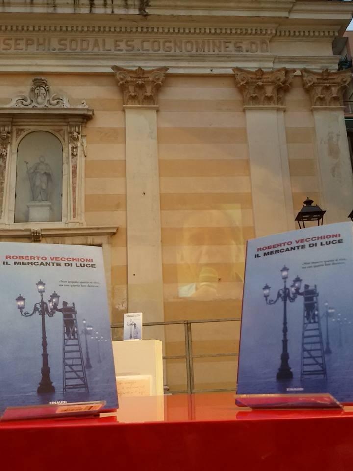Roberto Vecchioni presenta il suo ultimo romanzo ad Albissola Marina