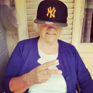 Nonna Olga Dionigia con il cappello di NY